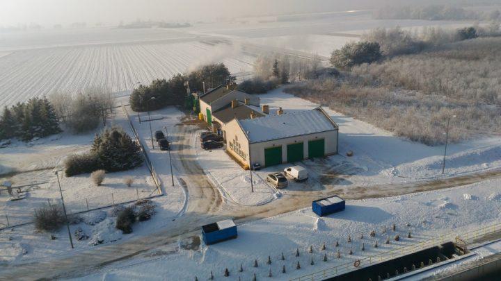 Zimowa aura na oczyszczalni ścieków w Kucharach